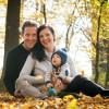 Jesensko fotografiranje mlade družinice