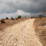 Položna pot na Slavnik iz vasi Podgorje.