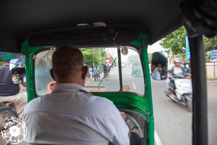 Negombo vožnja s Tuk tuk-om