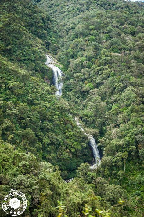 Manjši in večji slapovi ob poti
