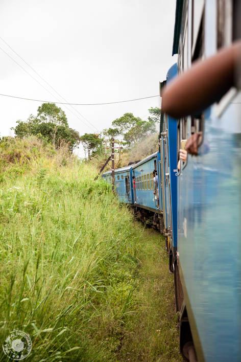 Vozi me vlak v daljavo....