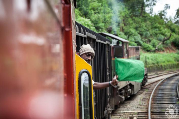 Vlakovodja na gorskem vlaku