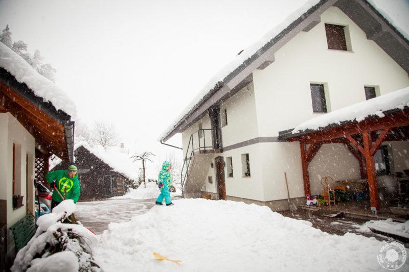 Zimsko veselje - prvi sneg v dolini