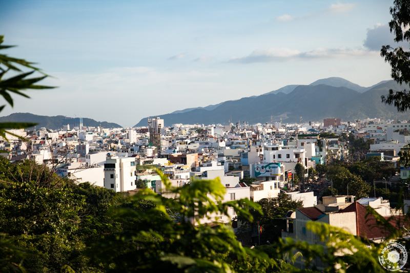 Long Son Pagoda – BIG BUDDHA STATUE - pogled iz vrha