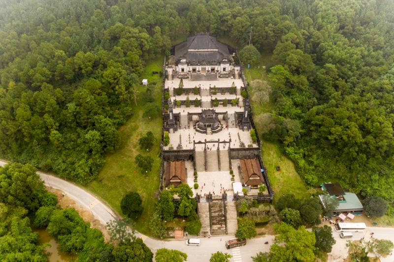 Grobnica cesarja Khai Dinh, Hue, Vietnam