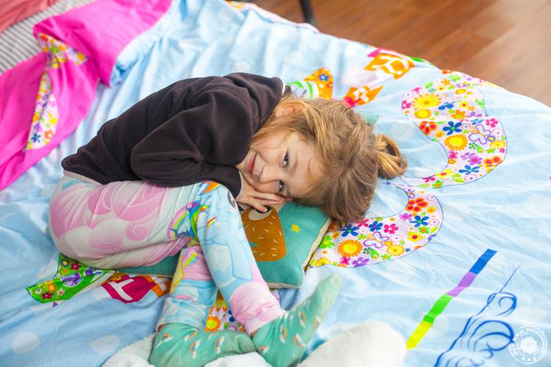 Lia v svoji najlepši sobici :)